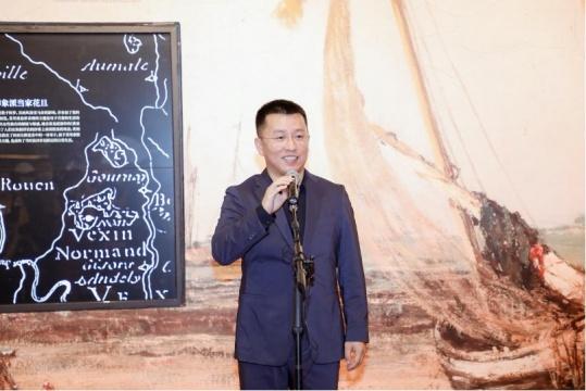 中华世纪坛艺术馆执行馆长冀鹏程