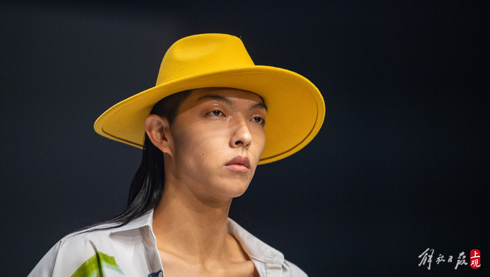 【2022春夏上海时装周】众多香港设计师品牌轮番秀场新天地